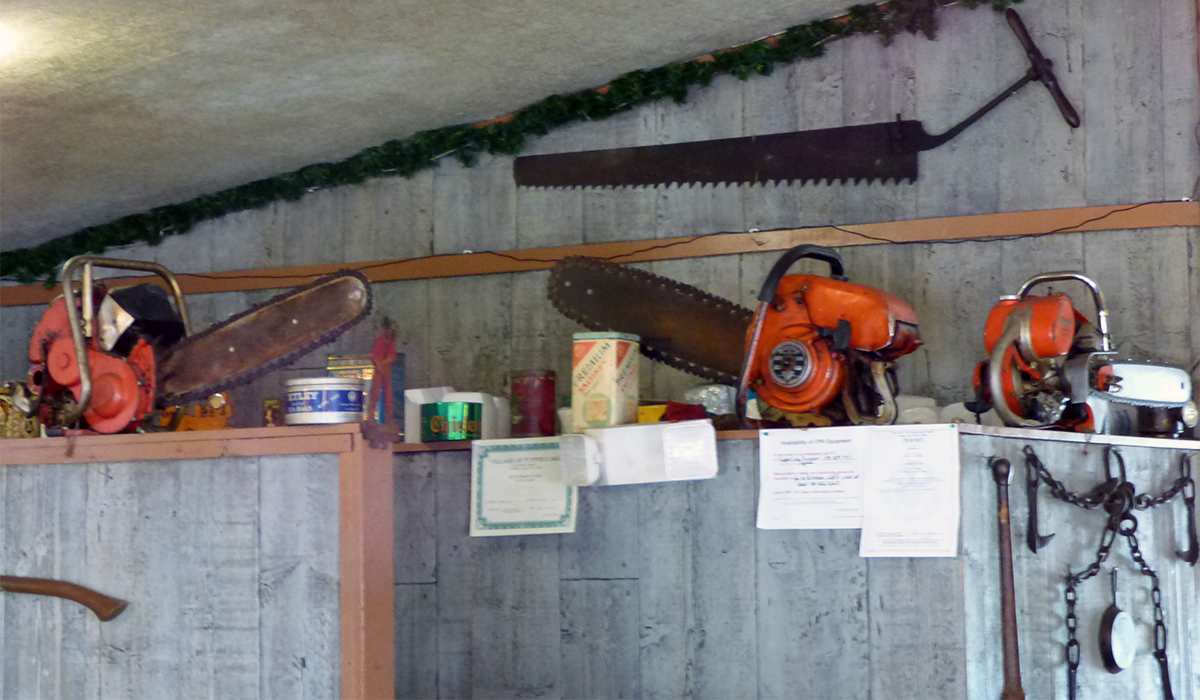 Chainsaw Decor, The Lumberjack Inn Restaurant