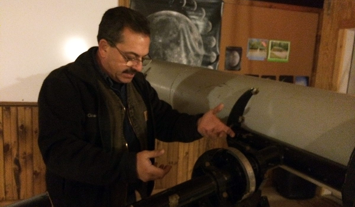 """Marc Staves reviews the restoration process of the award winning, Everest """"Old Town Pump"""" Telescope"""