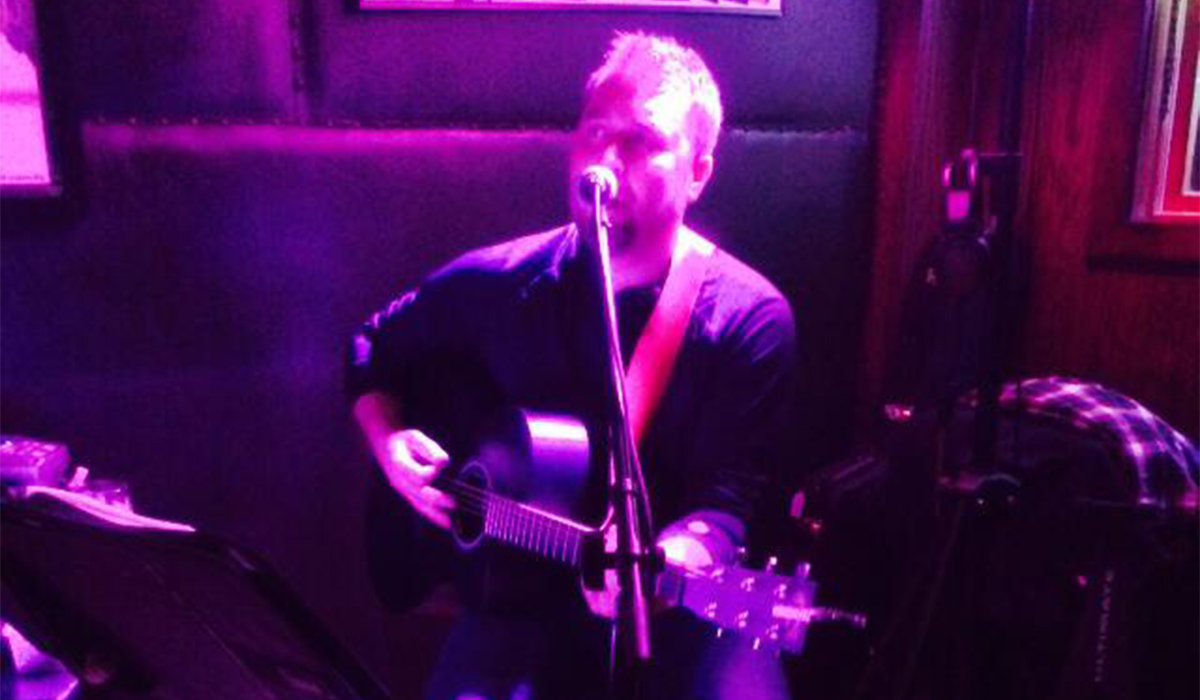 Singer-songwriter, Max Gerstenberger, performs at P-2's Irish Pub (P-2's photo)