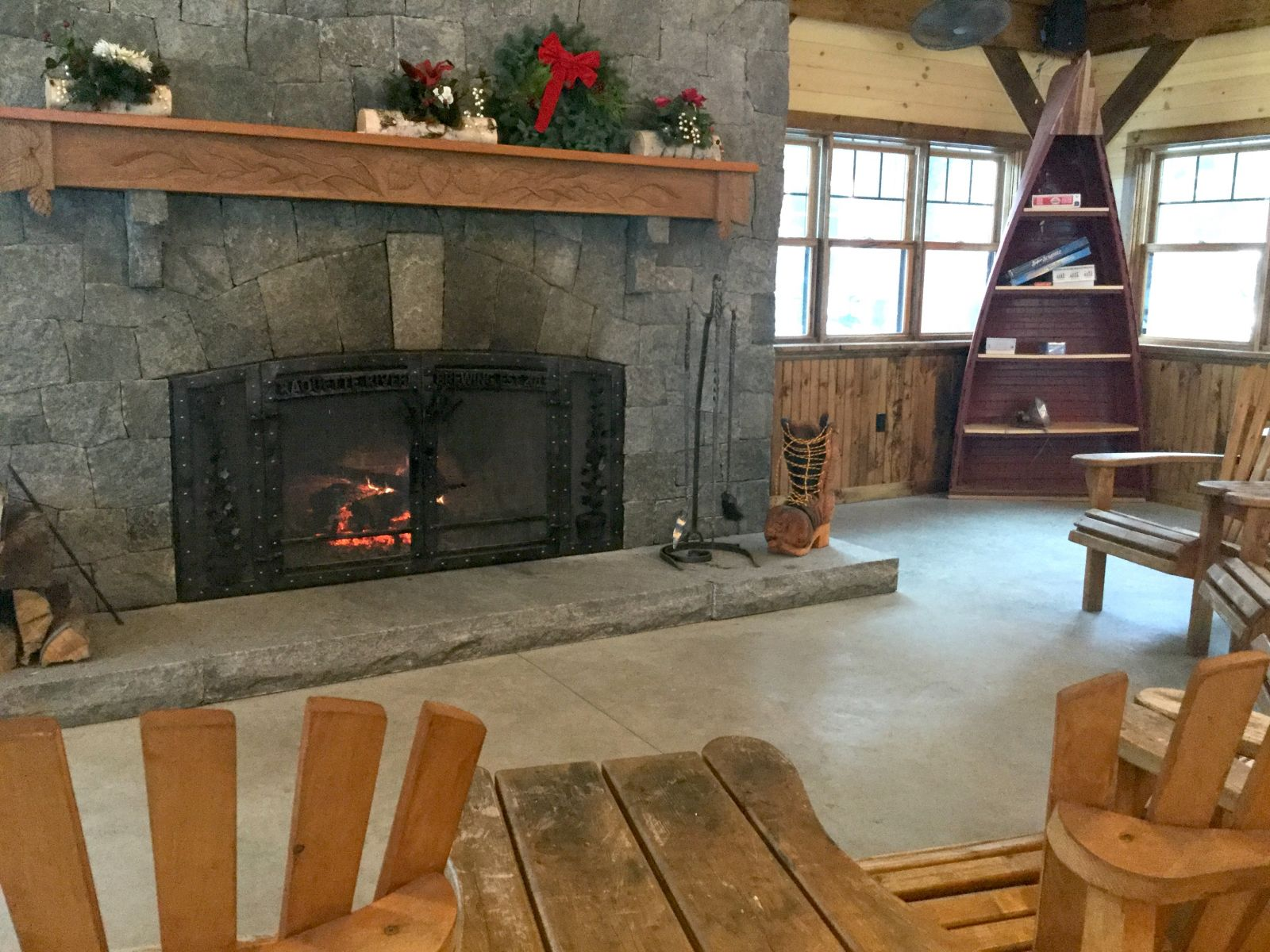 The new dining hall has a wonderful fireplace area for convivial conversation.