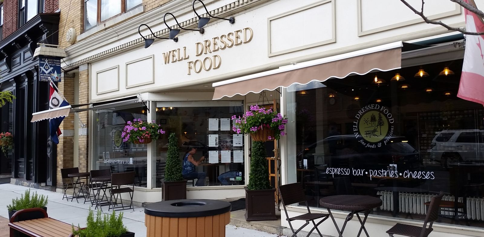 Time for lunch at Well Dressed Food!